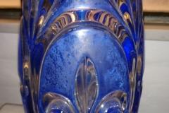 h 26 cm tung glasvase i flot stand kr. 400,00