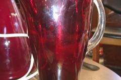 h 20 cm rødt glas, meget flot, drligt billede kr. 650,00