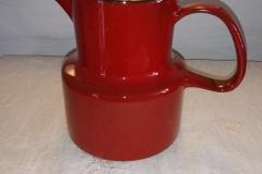 Rød med flot glasur Højde 16 cm Kr. 250,00