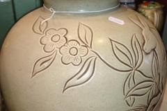Knabstrup Grå bundfarve brunligt tegning højde 37 cm kr. 2.500