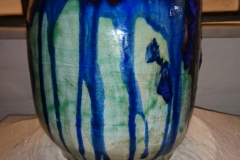 h 21 cm flot blå/grøn glasur signeret kr. 1.550,00