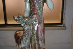 h 35 cm pige med hjort Andersen Krakelé kr. 1.100