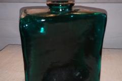 h 15 cm grøn firkantet i solidt design kr. 150,00