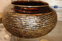 Flot skål/krukke med en formidabel finish, og flot glasur indvendig h 13 cm kr. 300,00